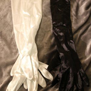 Accessories - (2) Pairs of gloves